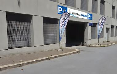 Book a parking spot in Lanterna Parking Crociere car park