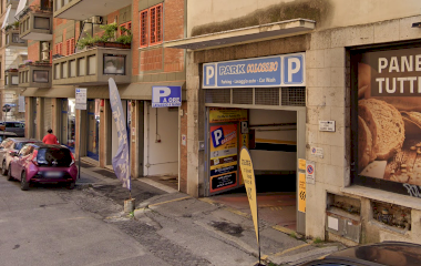 Reservar una plaza en el parking Park Colosseo