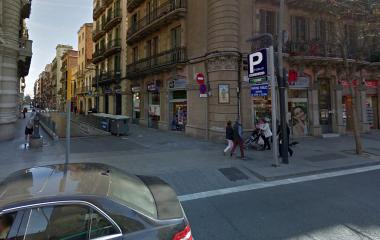 Book a parking spot in Coliseum - Mercat de Sants car park