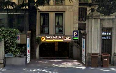 Book a parking spot in Muoviamo Senato car park