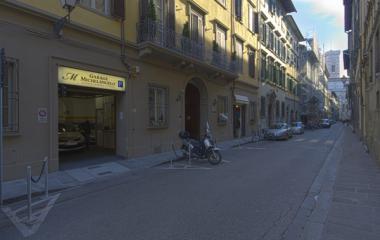 Prenota un posto nel parcheggio Michelangelo