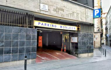 Parking Catedral Barcelona Monleon