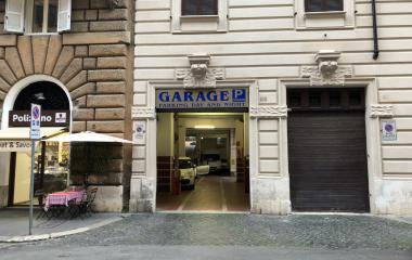 Book a parking spot in T. Parkolosseum - Angelo Poliziano car park