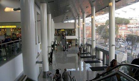 Aeropuerto de Nápoles, Napels
