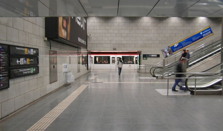 Barcelona-Passeig de Gracia railway station, Barcelona