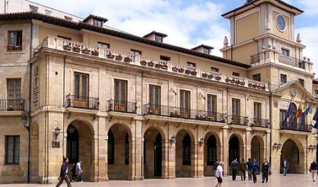 Ayuntamiento de Oviedo, Oviedo