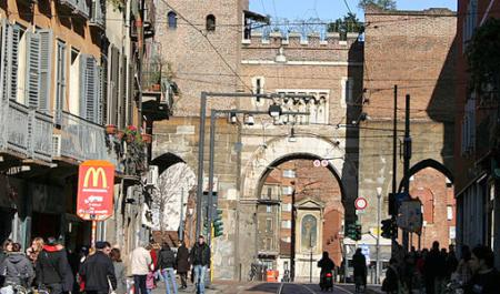 Ticinese, Milán