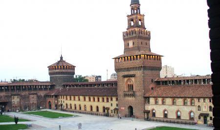 Castell Sforzesco, Milà