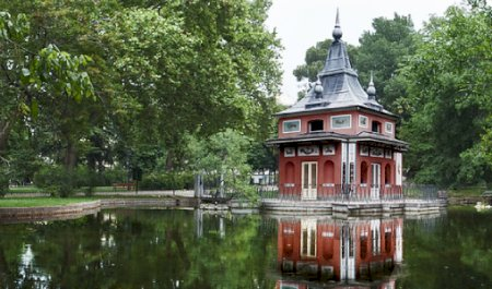 Parque do Retiro - Casita del Pescador , Madrid