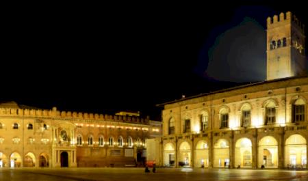 Piazza Maggiore , Bolonia