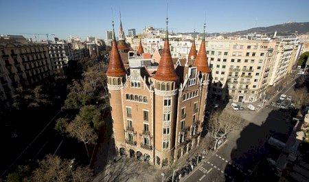 Casa de les Punxes, Barcelone